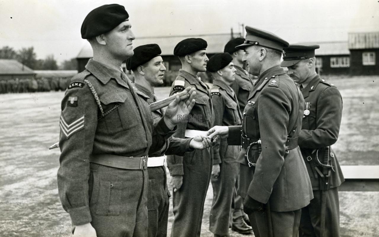 Visit of Major General S W Joslin to No 1 Training Battalion REME, Blandford