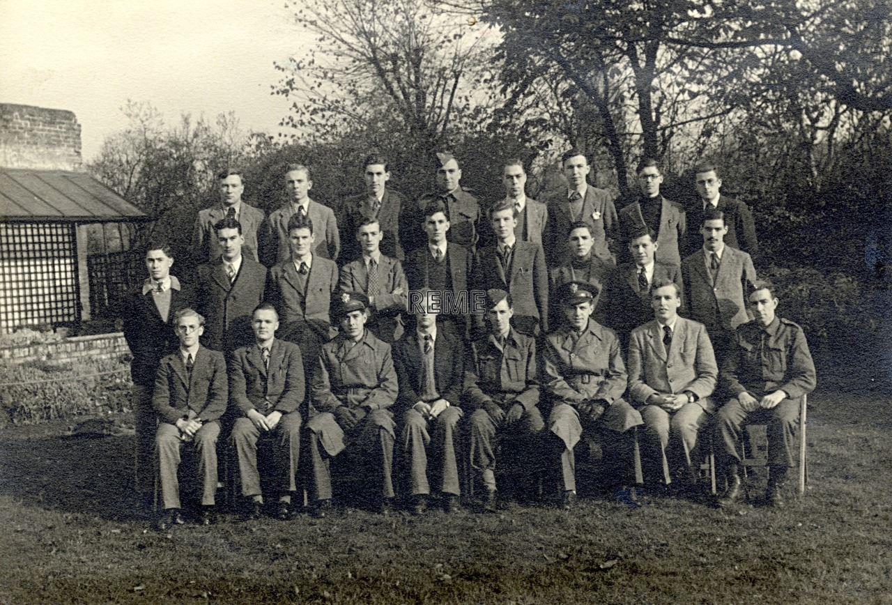 Group photograph: Group 39 – SLC, Searchlight Control Course