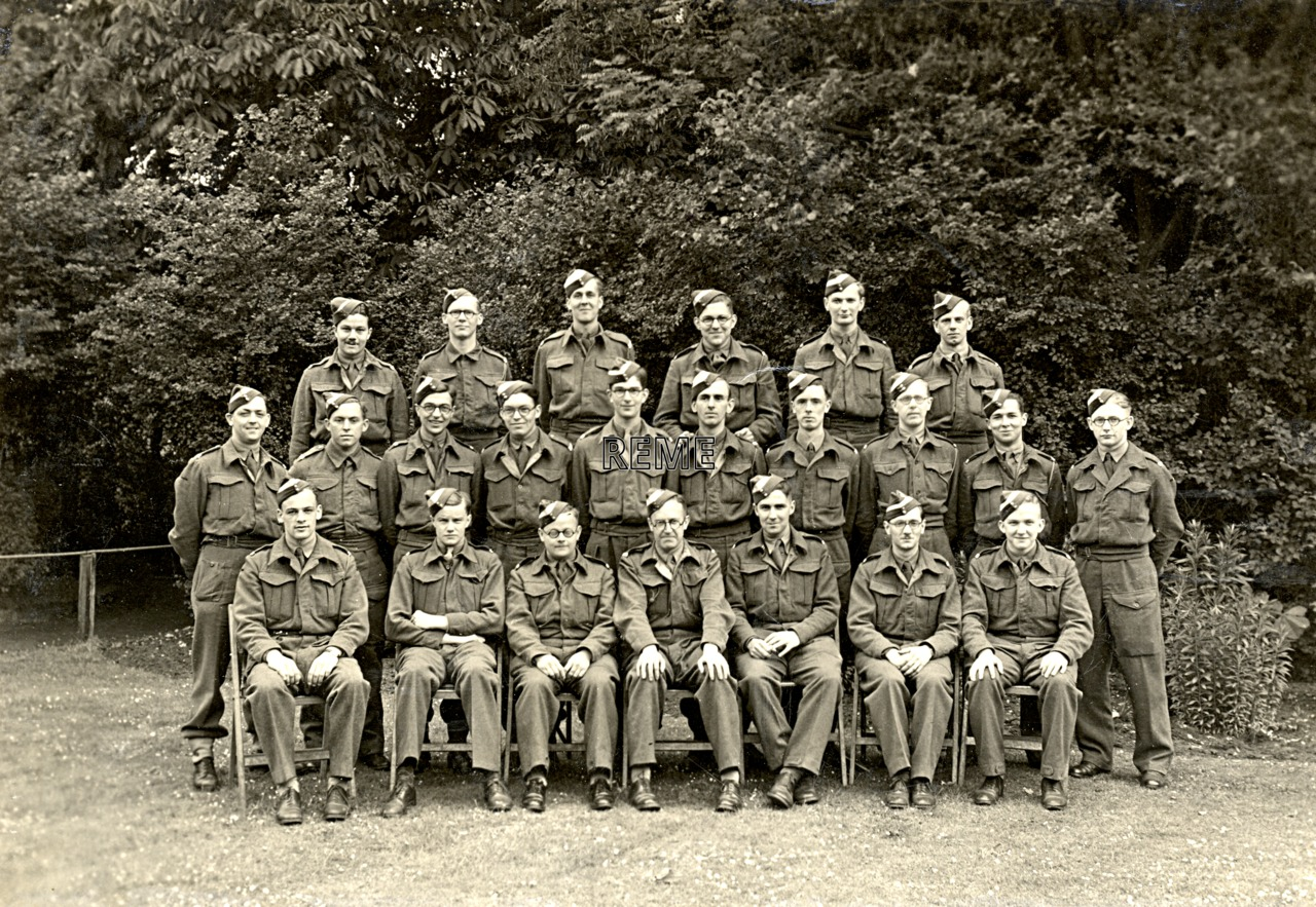 Group Photograph: Group 48 – SLC, Searchlight Control