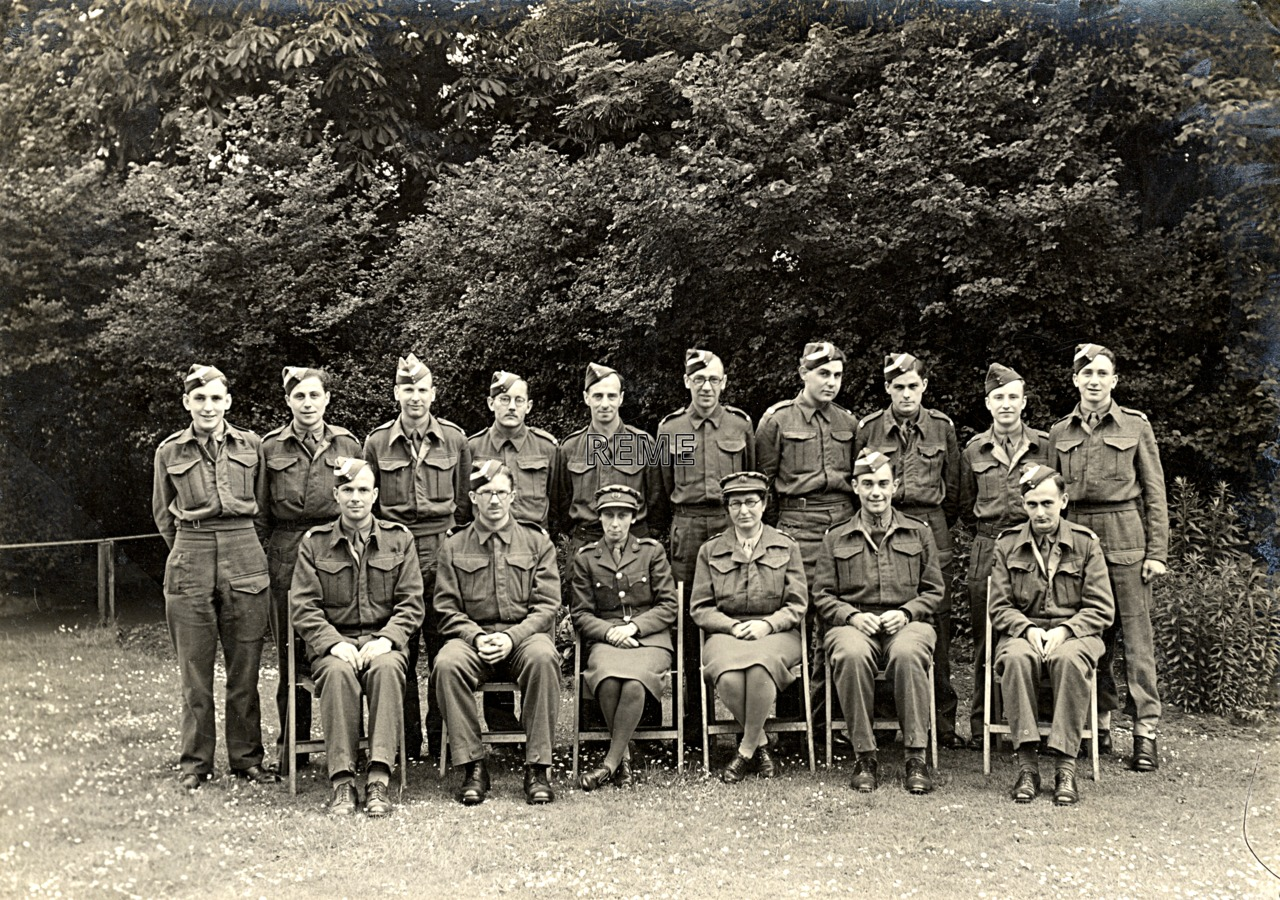 Group Photograph: Group 49 – GL/MK II, Gun Laying, Mark II