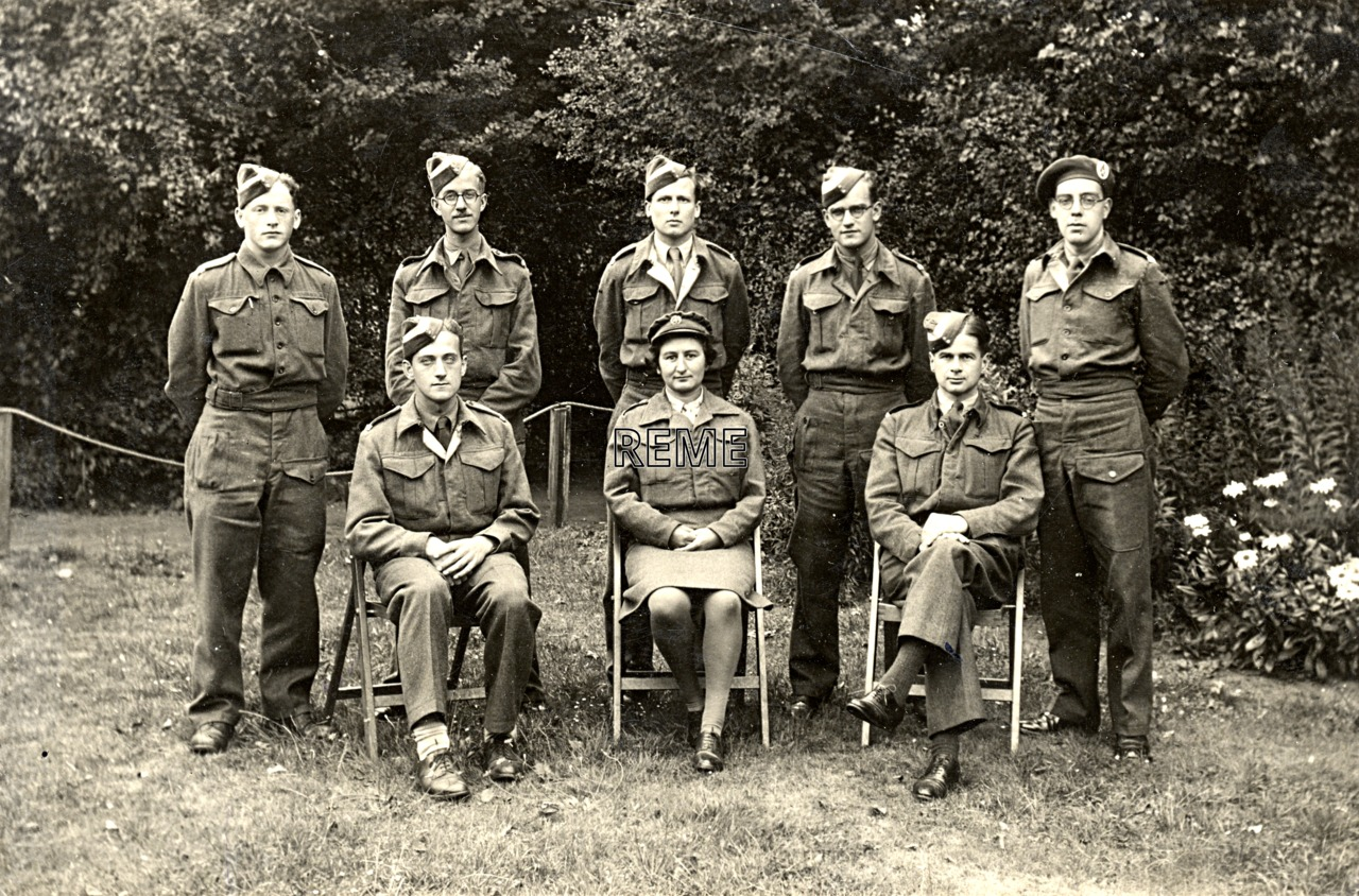 Group Photograph: Group 51 – GL/MK II, Gun Laying, Mark II