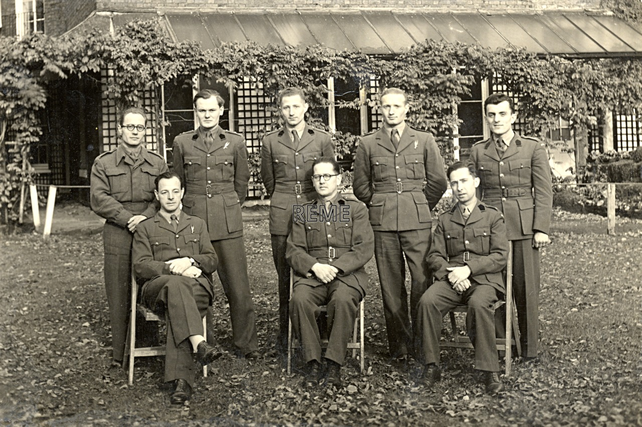 Group Photograph: Wireless Course for Polish Officers
