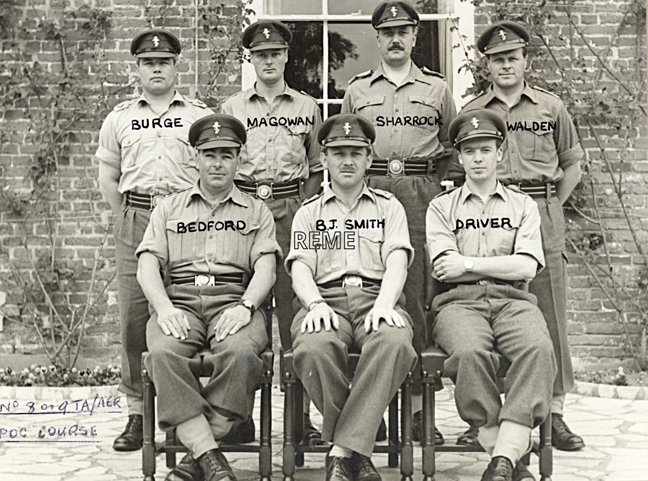 No 8/9(?) Territorial Army (TA)/Army Emergency Reserve (AER) Probationary Officers' Course