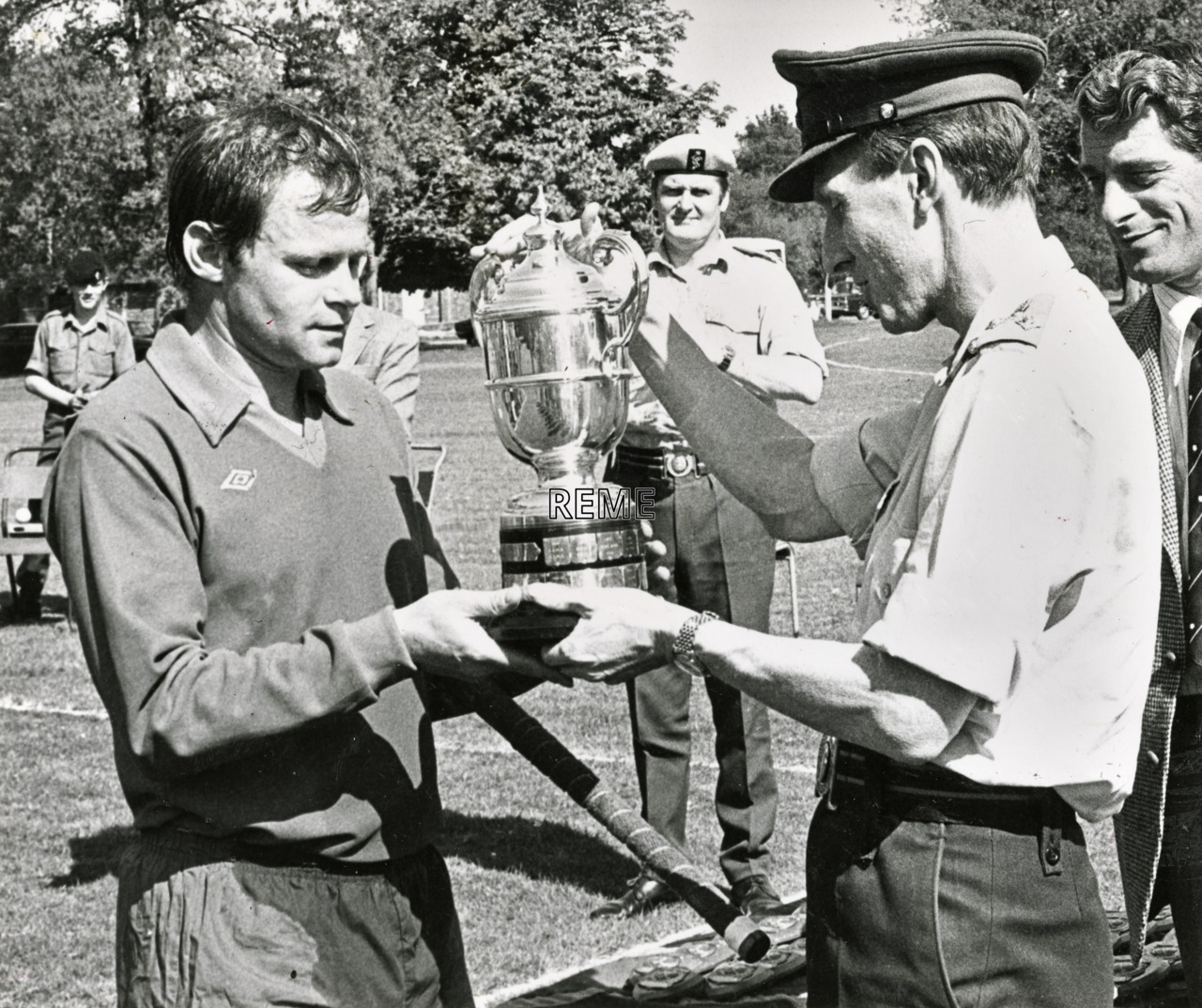 Presentation of the Ian Marshall Hockey Trophy to REME Bielefeld, 1978