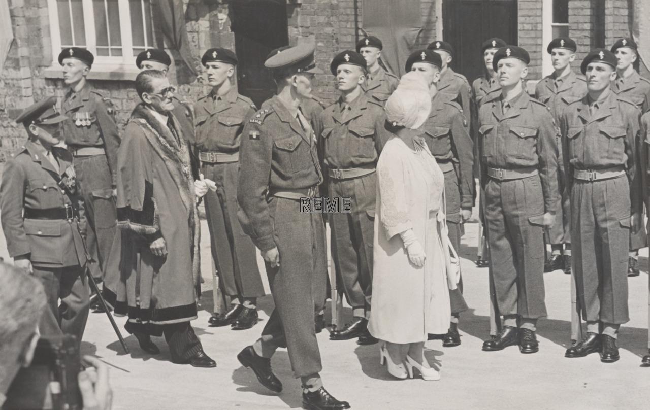 No 1 Regimental Training Unit, Royal Visit.
