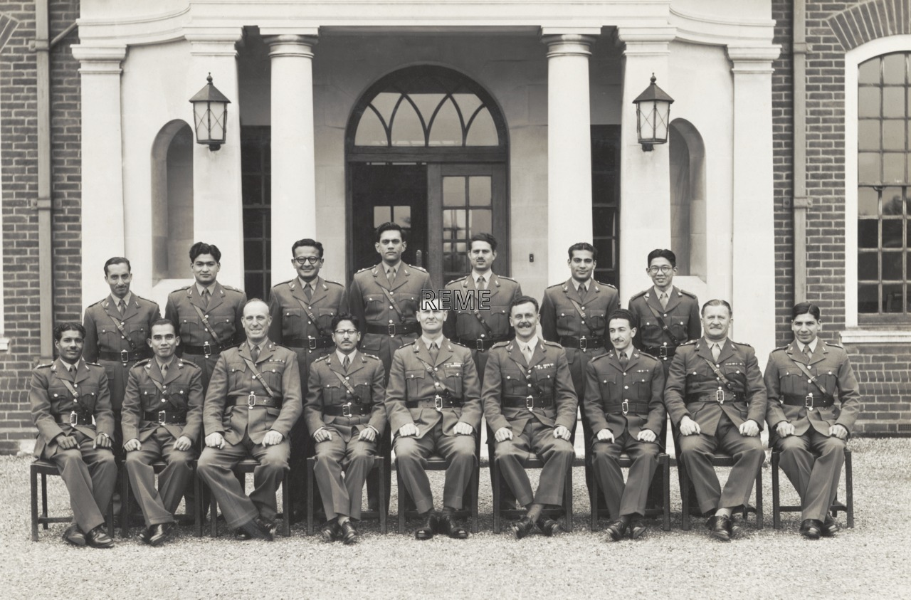 No 7 Commonwealth Officers' Course, 6 Training Battalion, Bordon, 1953.